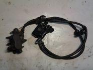 тормозной контур передний, один суппорт, оригинальные шланги с кронтштейнами, главный цилиндр  Honda  CB400